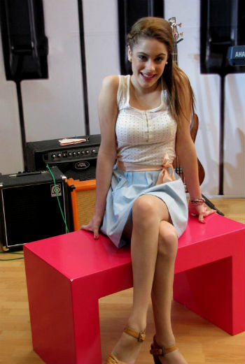 Martina Stoessel 7