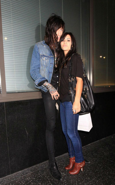 trace cyrus and demi lovato