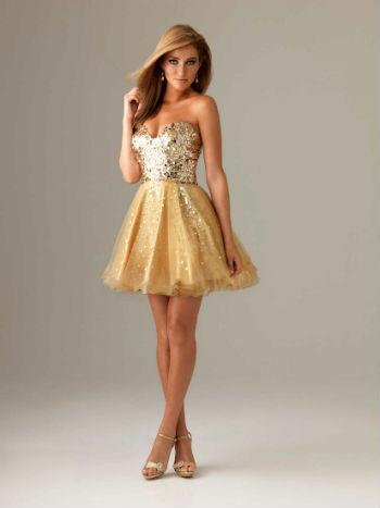 Коктейльное золотое платье фото