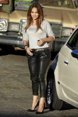 Дама в кожаных штанах фото 42-956