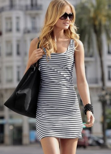 Модные платья в полоску — фото