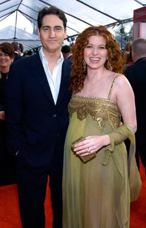 Дебра беременна от Даниэля Зельмана.