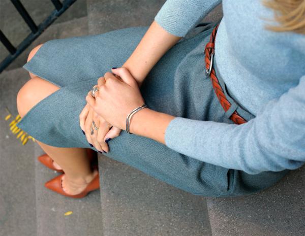С чем носить женские коричневые туфли.