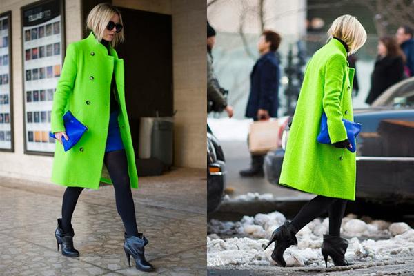 s-chem-nosit-zelenoe-palto-3
