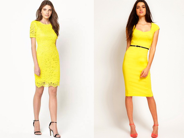 К таким платьем можно комбинировать черные и кораллового цвета босоножки.