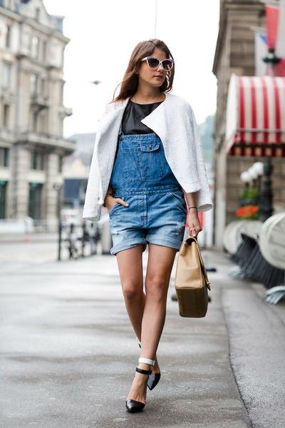 Бордовое платье: 70 модных фото, цветовая гамма, луки в разных стилях и современные тенденции изоражения