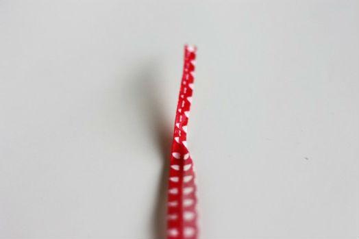 Как сделать браслет из декоративной клейкой ленты