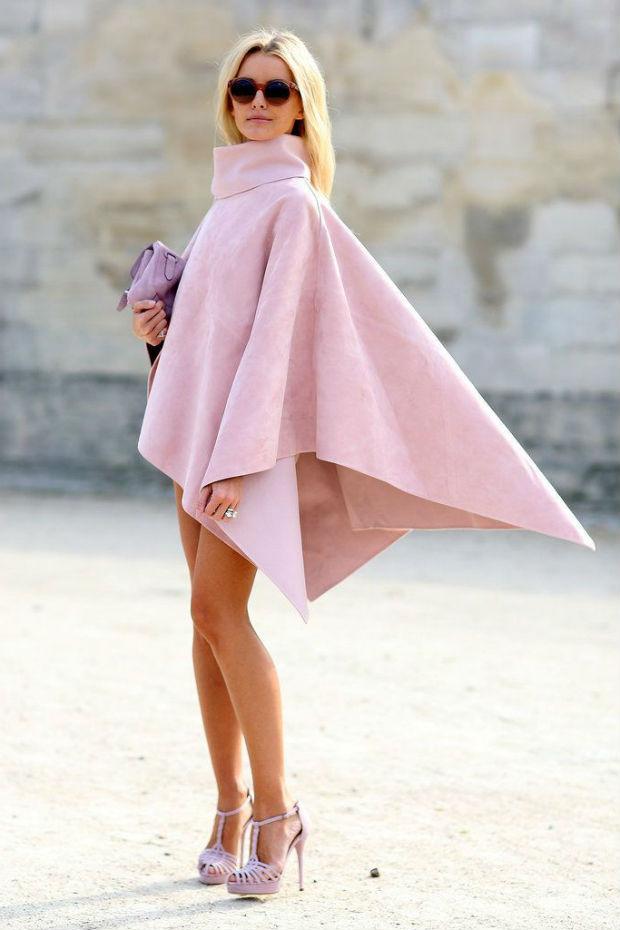 Что носить с розовыми босоножками - самые модные образы (40+ фото)