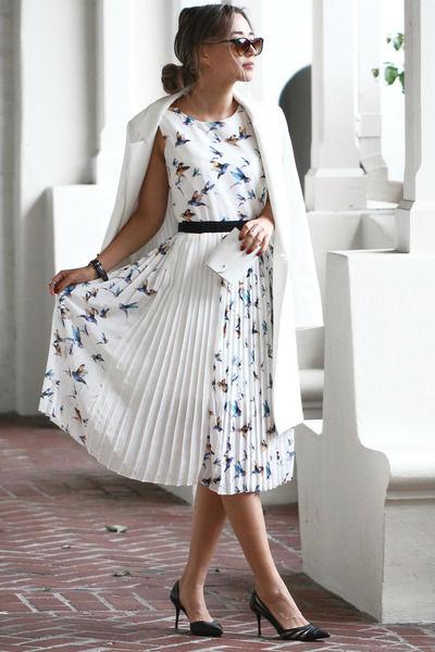 С чем сочетать белый плащ - рекомендации модницам (подборка стильных фото)