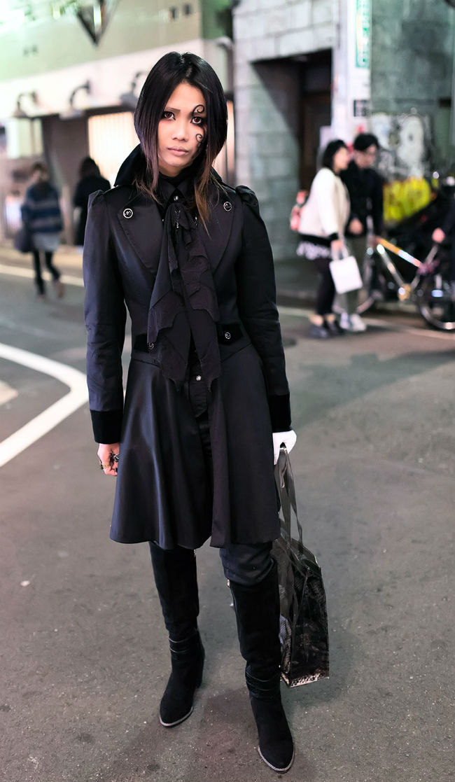 Готический стиль: одежда, обувь, аксессуары (более 50 фото)
