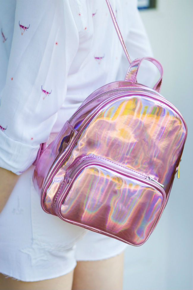 Всесезонный хит - розовый рюкзак (с какой одеждой и обувью комбинировать)