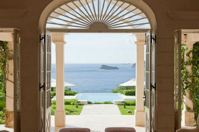 Принц Уильям и Кейт Миддлтон отправились с детьми на отдых на частный остров Мюстик