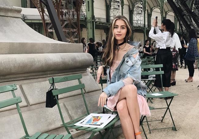 17 –летняя внучка Софии Ротару наслаждается отличным отдыхом во Франции
