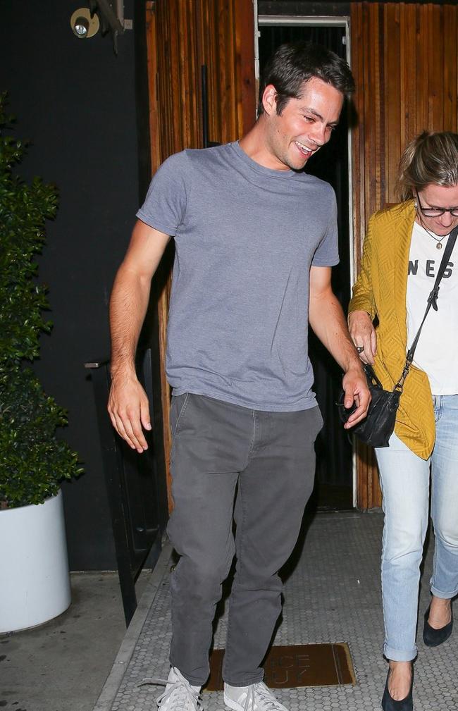 Красивая пара: Хлоя Морец встречается с актером Диланом О'Брайеном