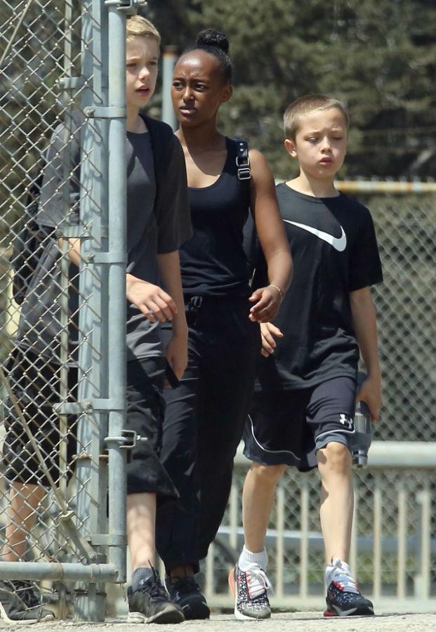 Анджелина Джоли вместе с детьми отлично провела День труда США