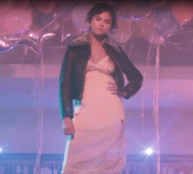 Селена Гомес снялась в интересной рекламе одежды бренда Coach&Selena Gomez