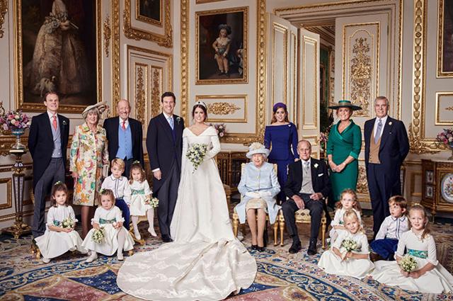 Официальные снимки от Кенсингтонского дворца со свадьбы принцессы Евгении и Джека Бруксбэнка