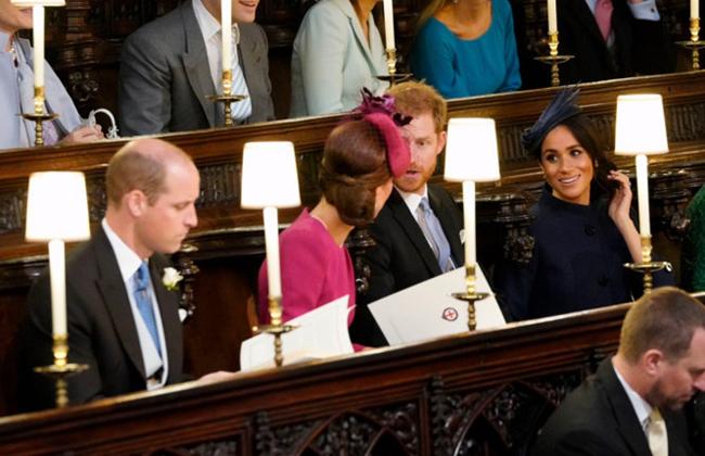 Меган Маркл и принц Гарри на свадьбе принцессы Евгении и Джека Бруксбэнка