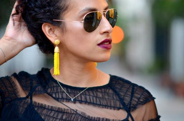 b1cbf63ee41 С чем носить серьги кисточки  рекомендации модницам (70+ фото ...