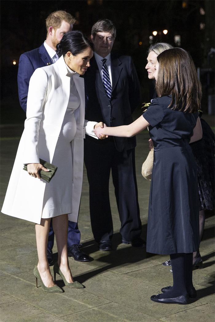 Меган Маркл в сопровождении принца Гарри посетила гала-представление в Лондонском музее