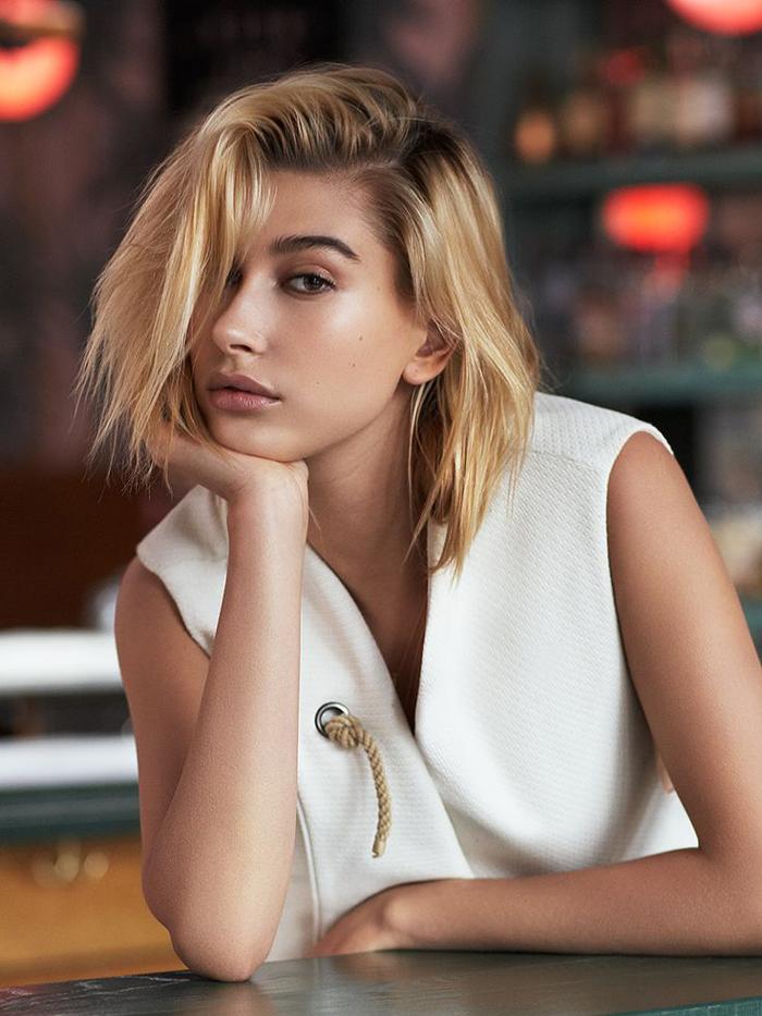 Хейли Бибер (Болдуин) в шортах: подборка модных образов