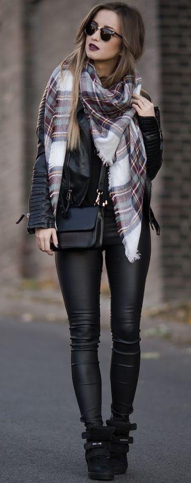 Как сочетается кожаная куртка с шарфом (более 50 стильных образов)