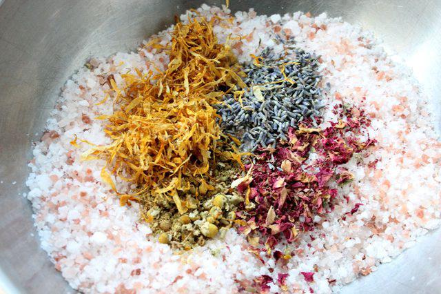 Как сделать соль для ванны своими руками (лучший рецепт)