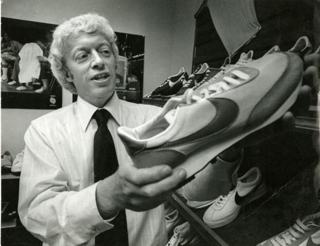 История бренда Nike (найк) - одного из самых популярных брендов спортивной обуви и одежды